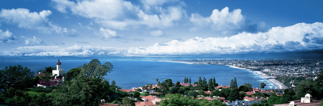City at the coast, Palos Verdes Peninsula, Palos Verdes, Los Angeles County, California, USA