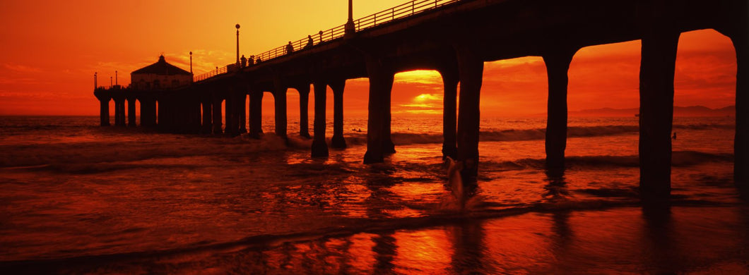 Silhouette of a pier at sunset, Manhattan Beach Pier, Manhattan Beach, Los Angeles County, California, USA