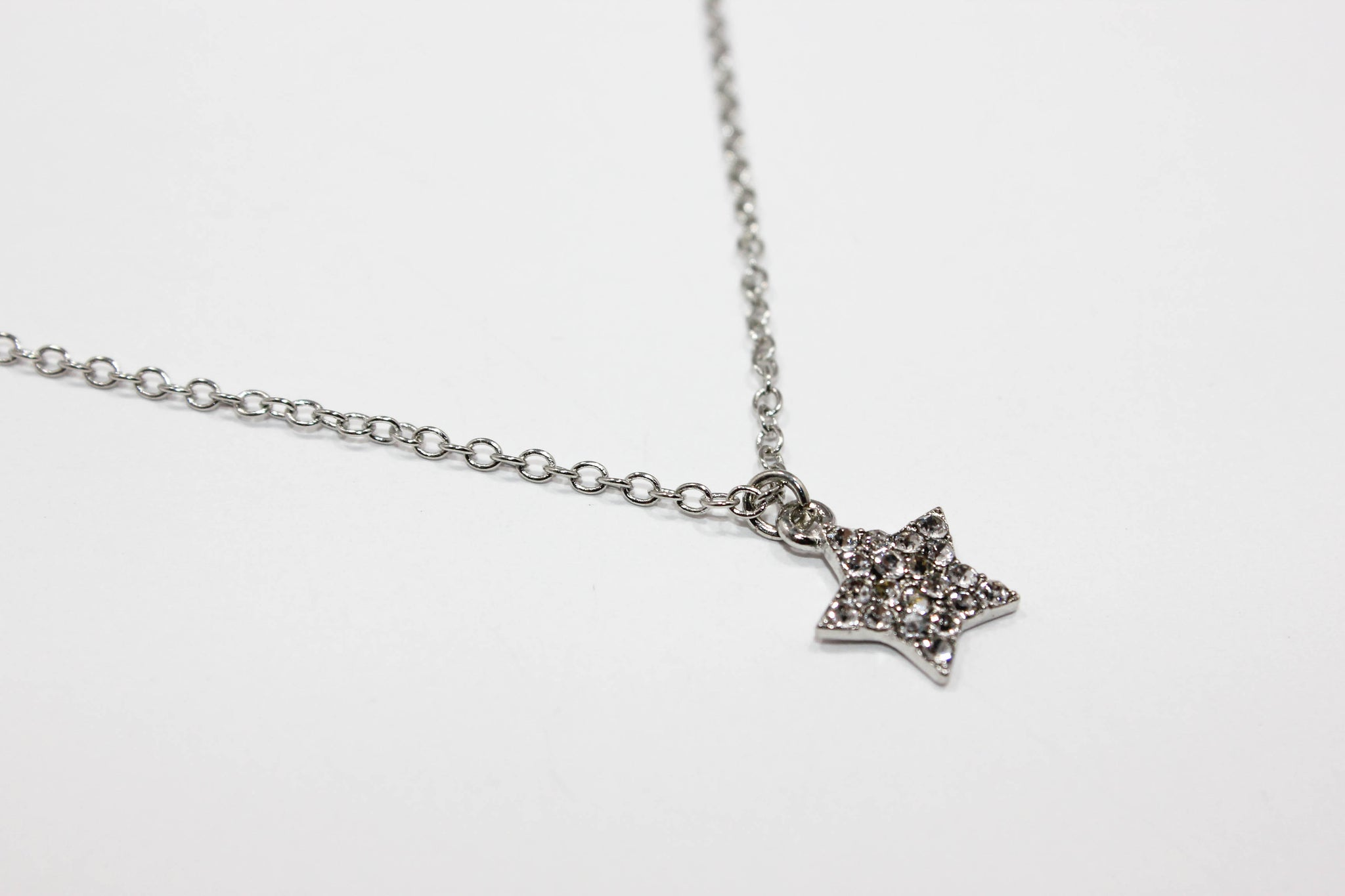Star Pendant Silver Necklace