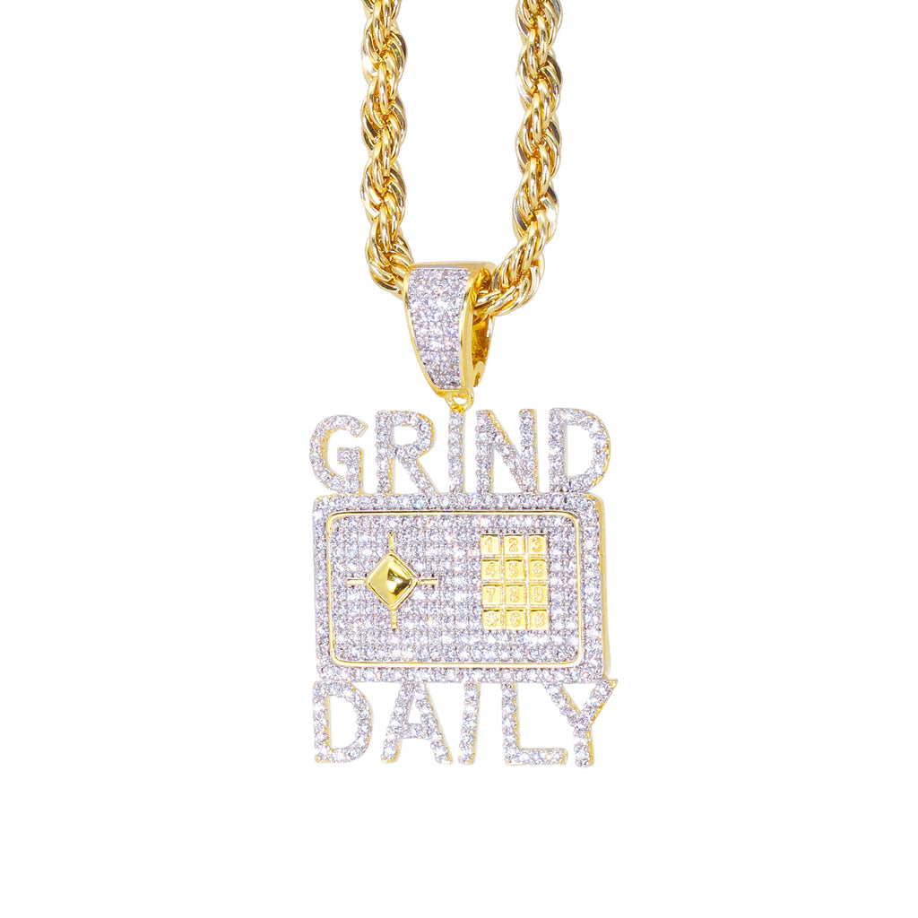GRIND DAILY PENDANT