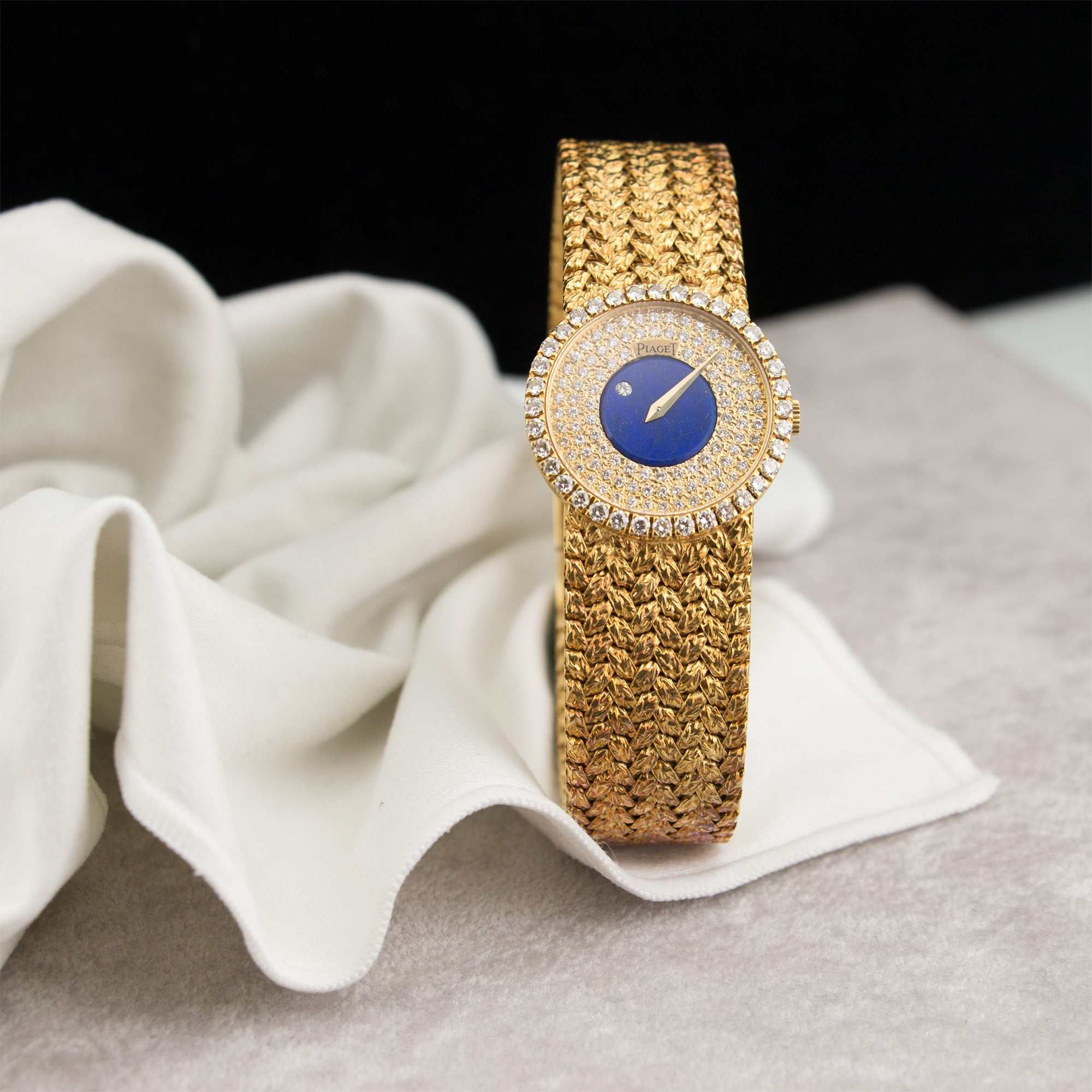 Piaget Vintage 9706 18k YG  Excellent Ladies 18k YG Diamond and Lapis Lazuli 26mm Manual 1970s Yellow Gold (172mm) N/A