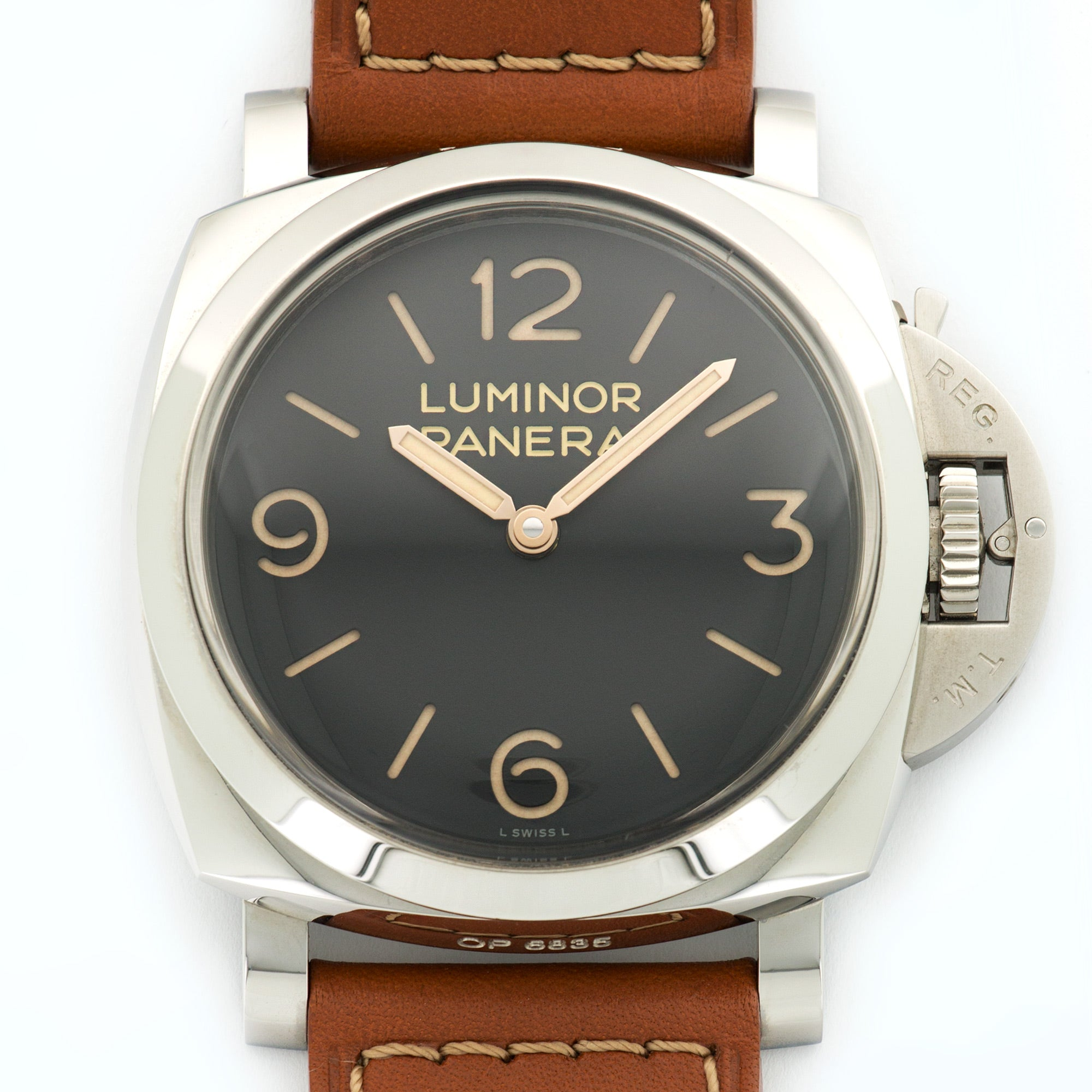 Panerai Luminor PAM372 Steel  Excellent Gents Steel Black 47mm Manual Current Calf Leather N/A
