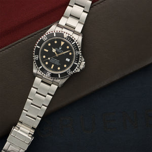 Rolex Sea-Dweller 16660 Steel  Excellent Gents Steel Black 40mm Automatic 1980s Steel Bracelet N/A