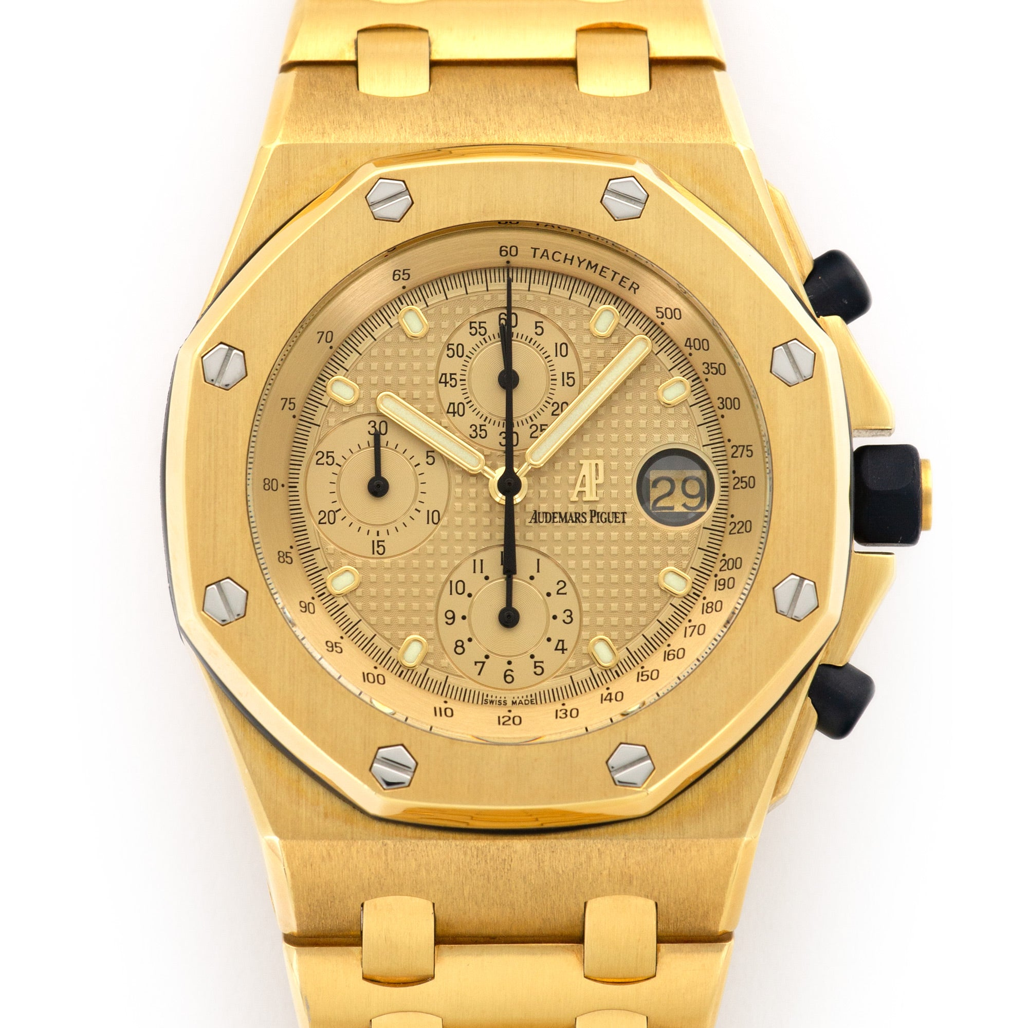 Audemars Piguet Royal Oak Offshore 25721BA.OO.1000BA.03 18k YG  Likely Never Polished, Original Finish Gents 18k YG Champagne Gold 42mm Automatic Early 2000s Yellow Gold Bracelet Original Box