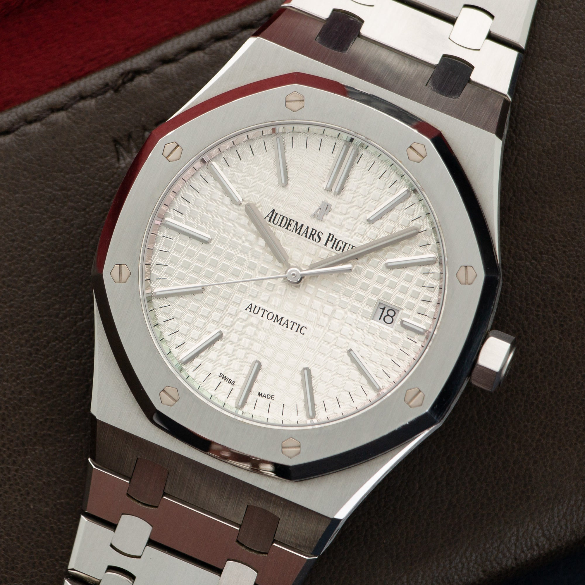 Audemars Piguet Royal Oak 15400ST.OO.122 Steel  Likely Never Polished, Original Finish Gents Steel Silver 41mm Automatic Current Stainless Steel Bracelet Leather Travel Case