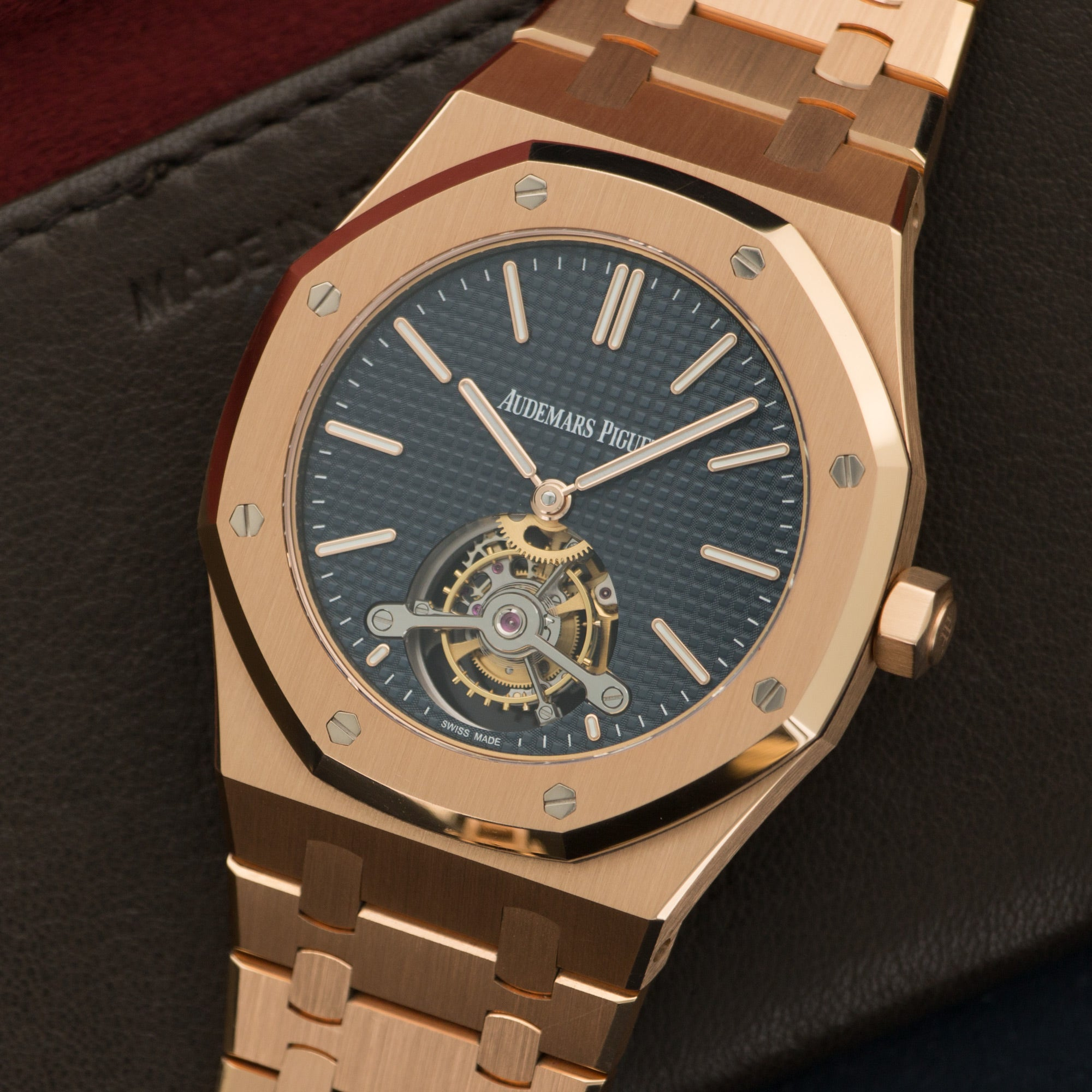Audemars Piguet Royal Oak 26510OR.OO.1220OR.01 18k RG  Overall Mint Original Condition Gents 18k RG Dark Blue 41mm Manual 2016 Rose Gold Bracelet Original Box and Certificate