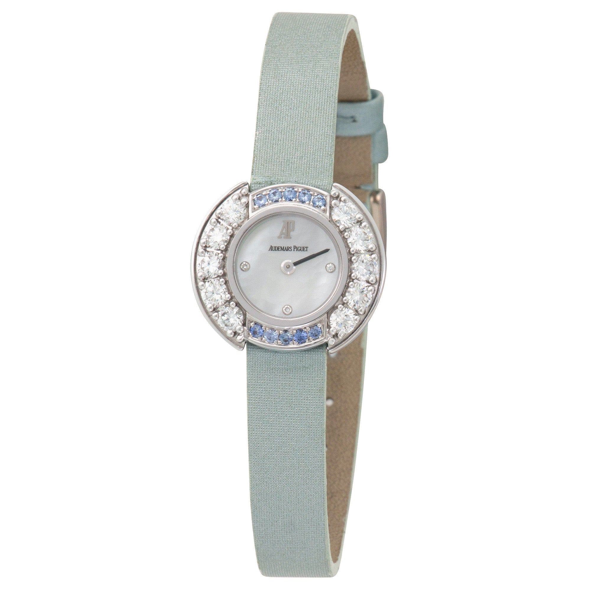 Audemars Piguet Vintage 67366BC.YY.A020RA.01 18k WG  Mint Ladies 18k WG Mother of Pearl with Diamond Markers 22mm Quartz 2000s Fabric B+P