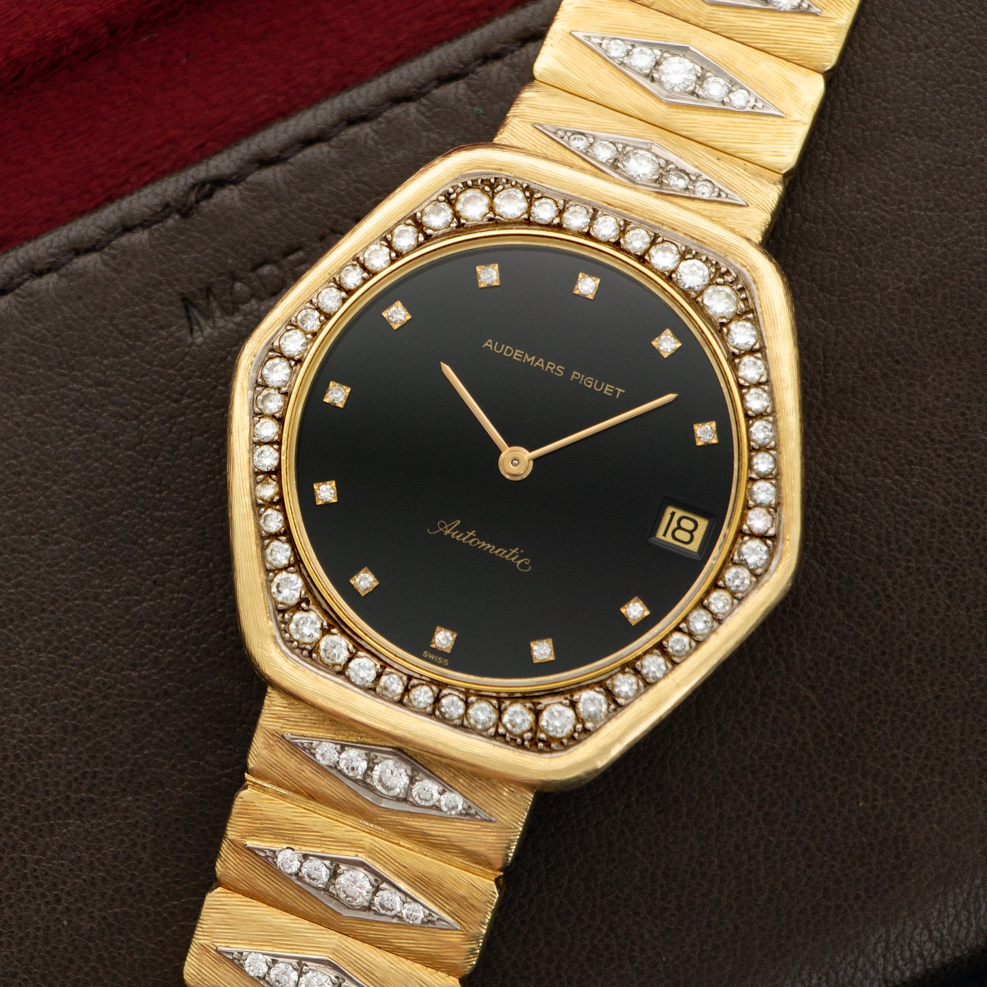 Audemars Piguet Vintage N/A 18k YG  Likely Never Polished, Original Finish Unisex 18k YG Black with Diamond Markers 37mm Automatic 1970s Yellow Gold with Diamonds Leather Travel Case