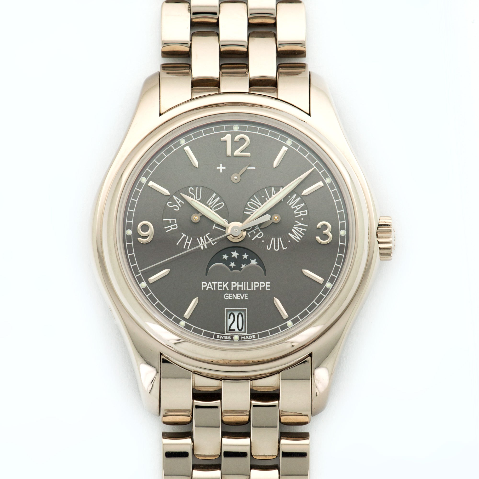 Patek Philippe Annual Calendar 5146/1G 18k WG  Excellent Gents 18k WG Grey 39mm Automatic 2011 White Gold Bracelet B+P
