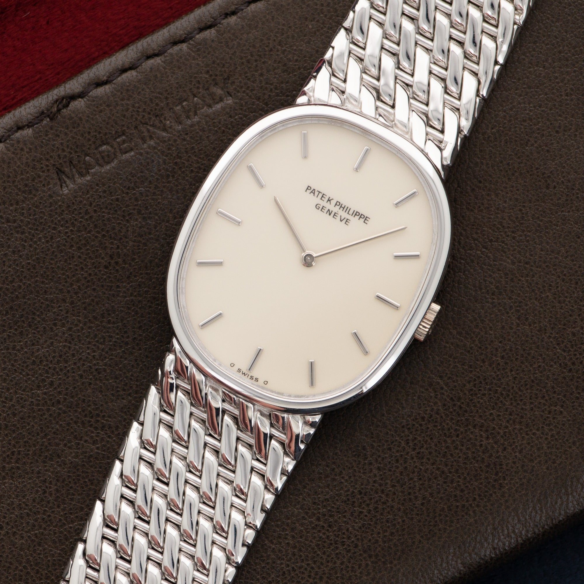 Patek Philippe Ellipse 3848/17 18k WG  Likely Never Polished, Original Finish Unisex 18k WG Cream 27mm Manual 1980s White Gold Bracelet (190mm) Leather Travel Case