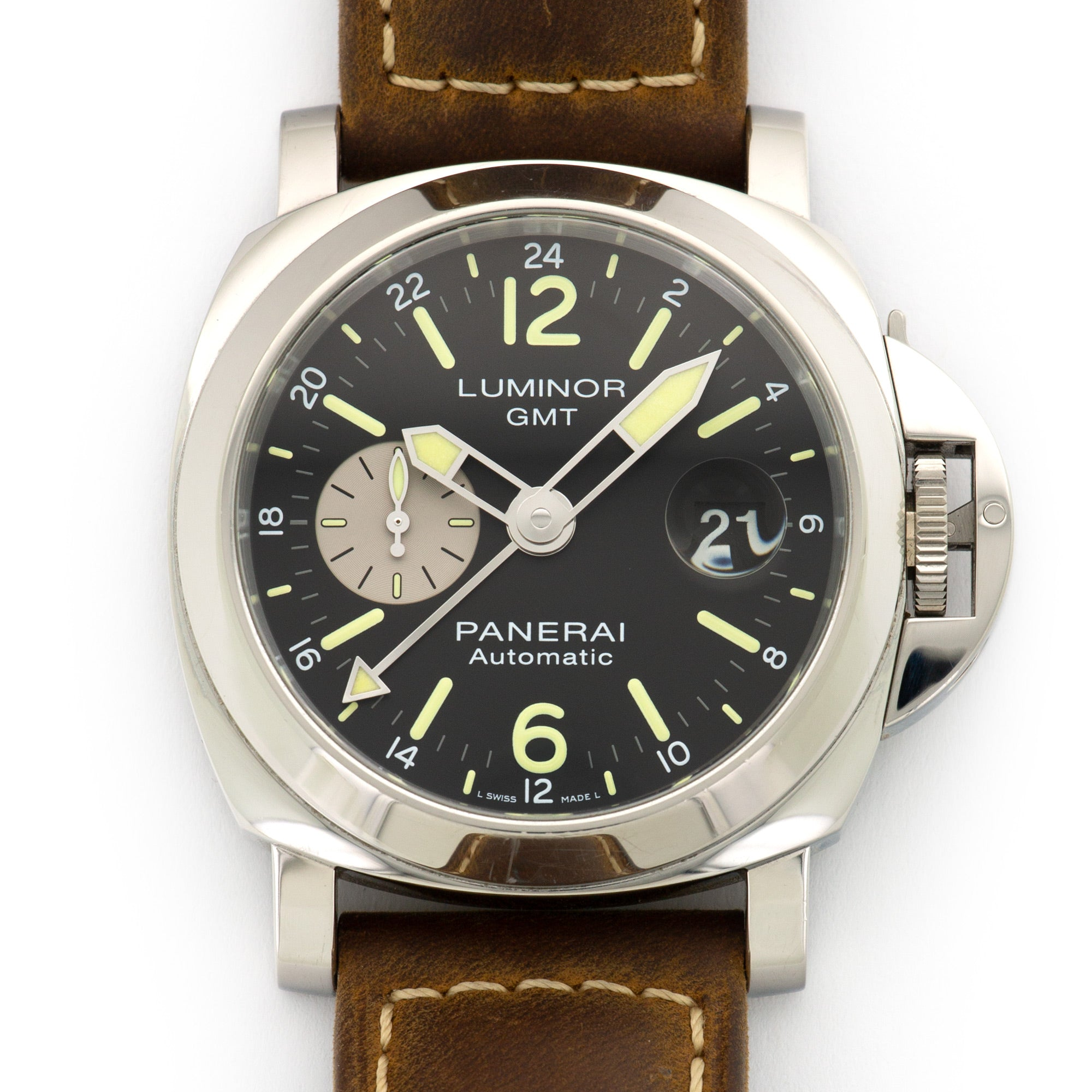 Panerai Luminor Marina PAM1088 Steel  Excellent Gents Steel Black 44mm Automatic Current Brown Leather Leather Travel Case