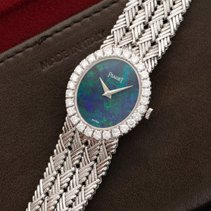 Piaget Vintage 9814 18k WG  Very Good Ladies 18k WG Black Opal 24mm Manual 1970s White Gold Bracelet (147mm) Leather Travel Case