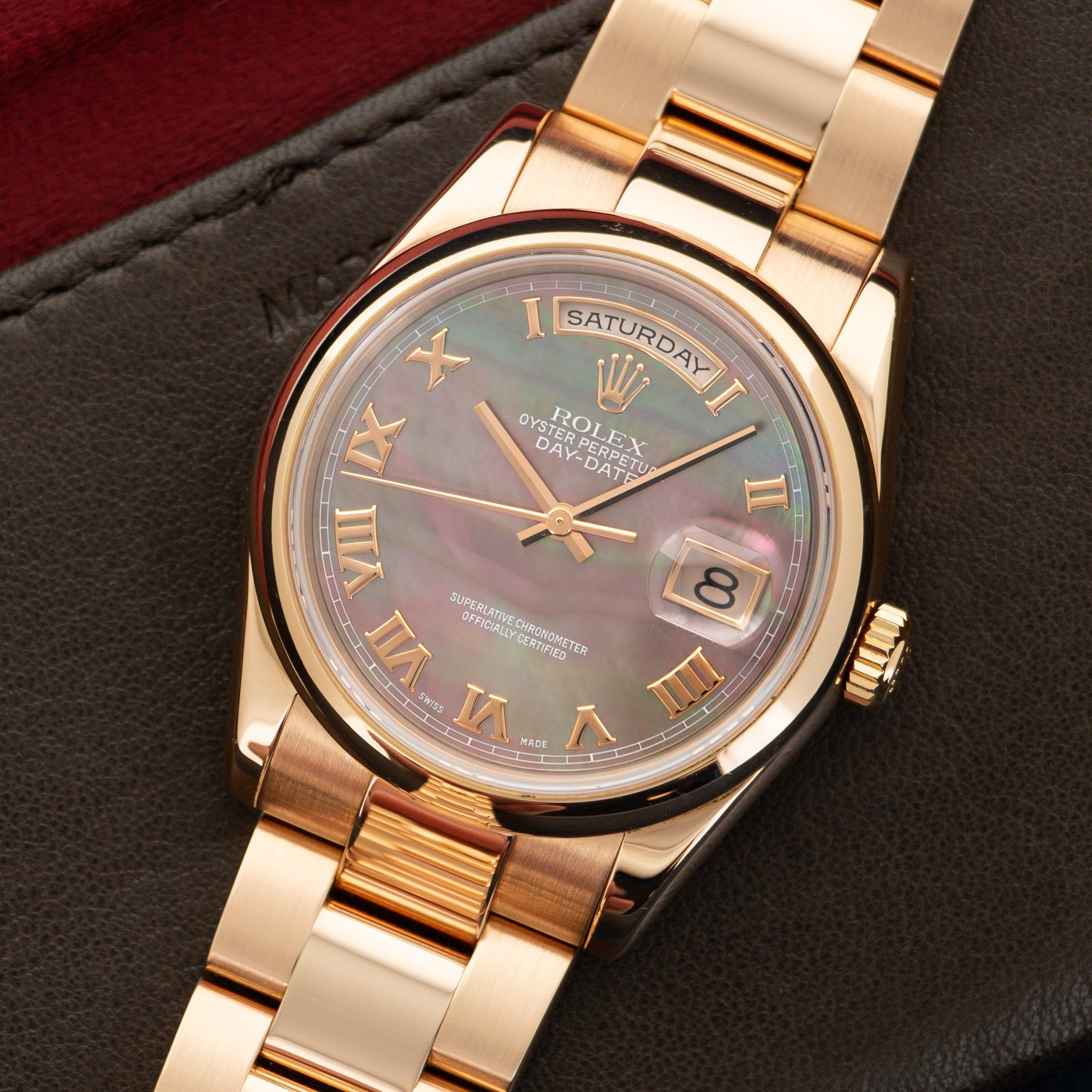 Rolex Day-Date 118205NR 18k RG  Excellent Unisex 18k RG Mother of Pearl with Roman Numerals 36mm Automatic Early 2000s Rose Gold Bracelet Leather Travel Case