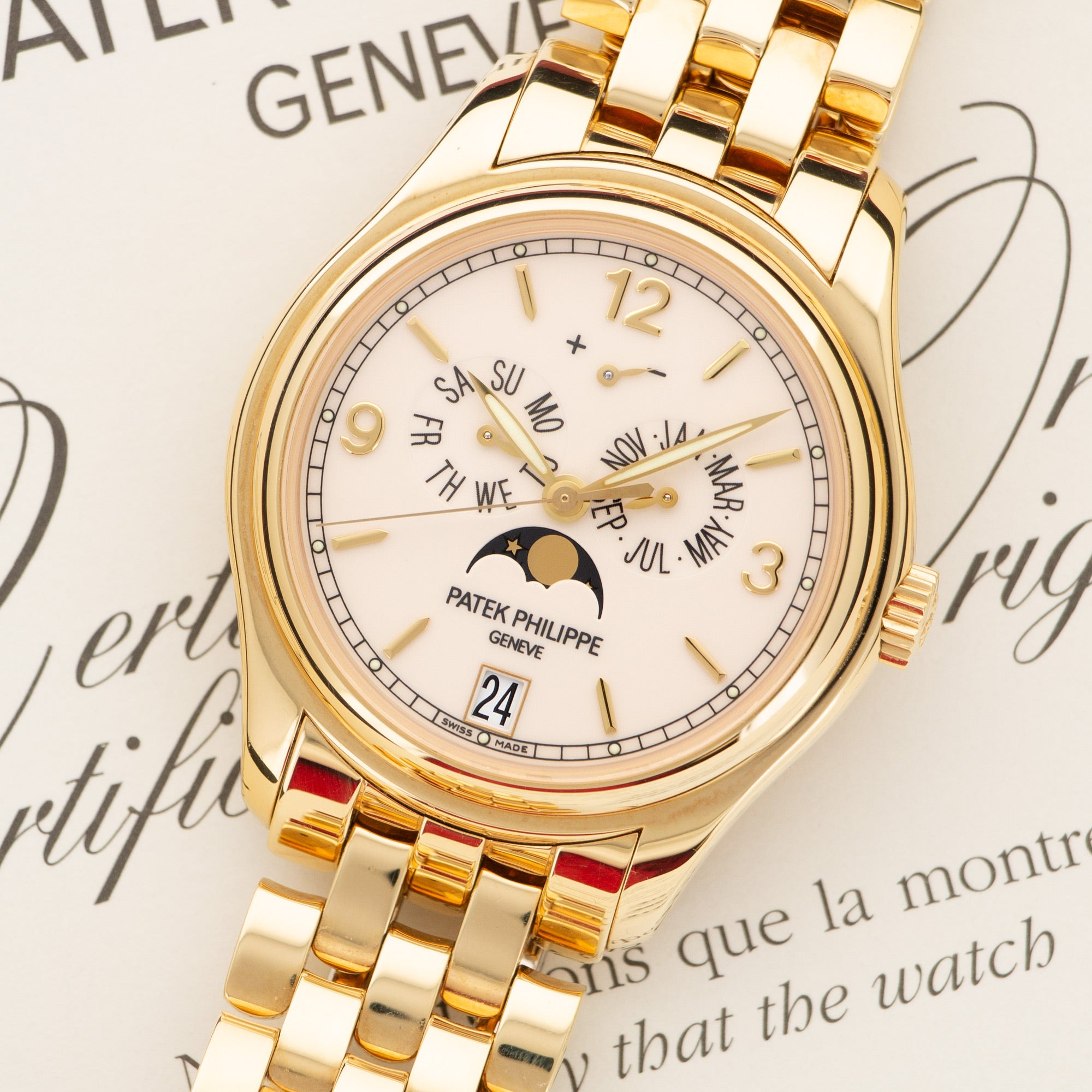 Patek Philippe Annual Calendar 5146/1J-001 18k YG  Excellent Unisex 18k YG White 39mm Automatic 2008 Yellow Gold Bracelet Original Box and Certificate