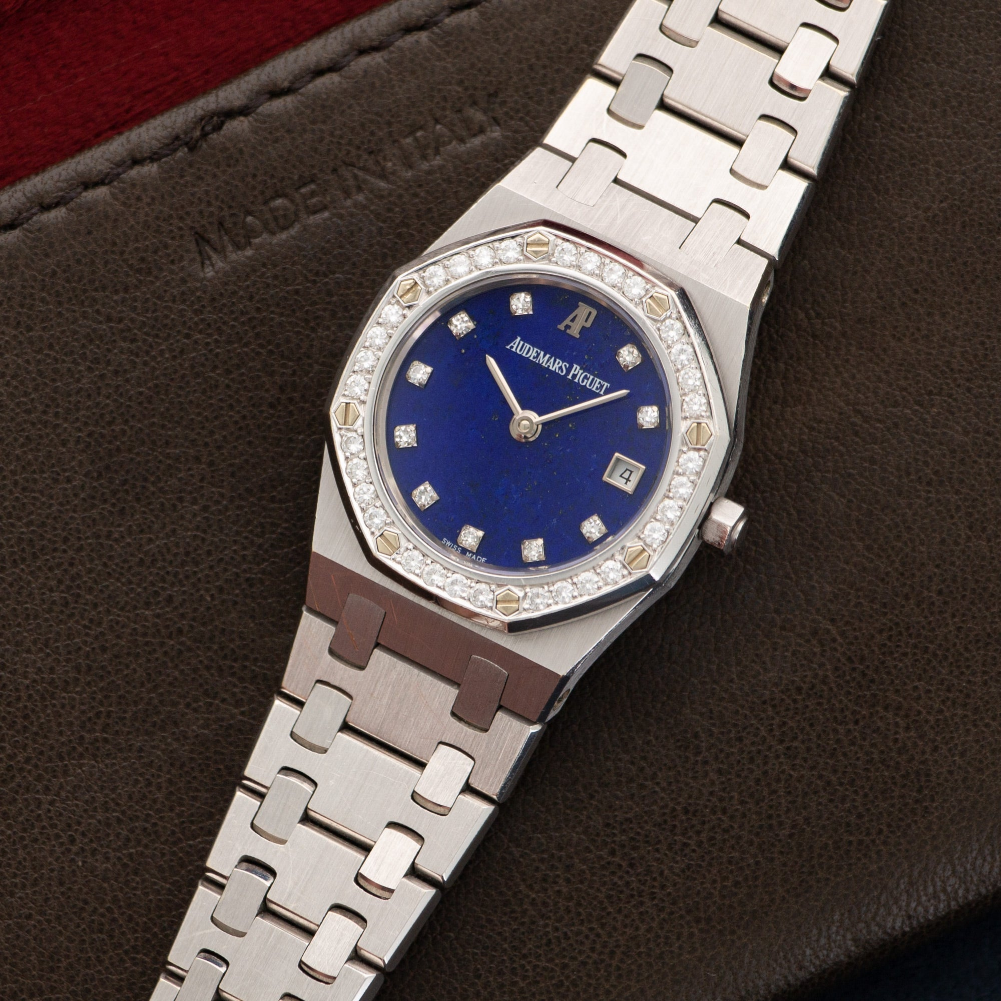 Audemars Piguet Royal Oak N/A 18k WG  Excellent Ladies 18k WG Lapis Lazuli With Diamonds 25mm Quartz 1990s White Gold Bracelet Leather Travel Case