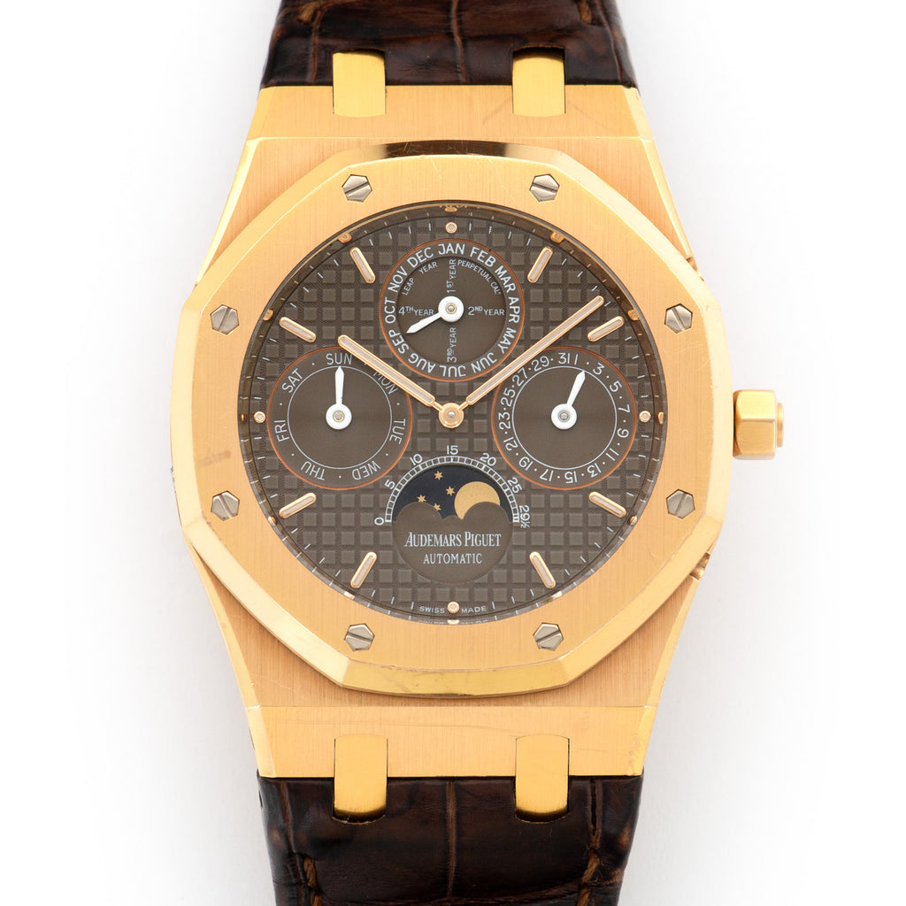 Audemars Piguet Royal Oak 26252OR.OO.D092CR.01 18k RG  Likely Never Polished, Original Finish Gents 18k RG Brown 39mm Automatic 2010 Brown Crocodile Original Box and Certificate