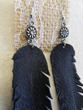 Flowers n feathers earrings