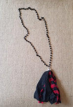Buffalo check red tassel necklace