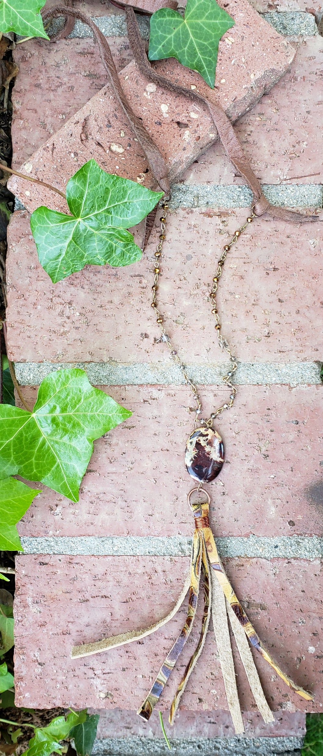 Picture agate tassel necklace