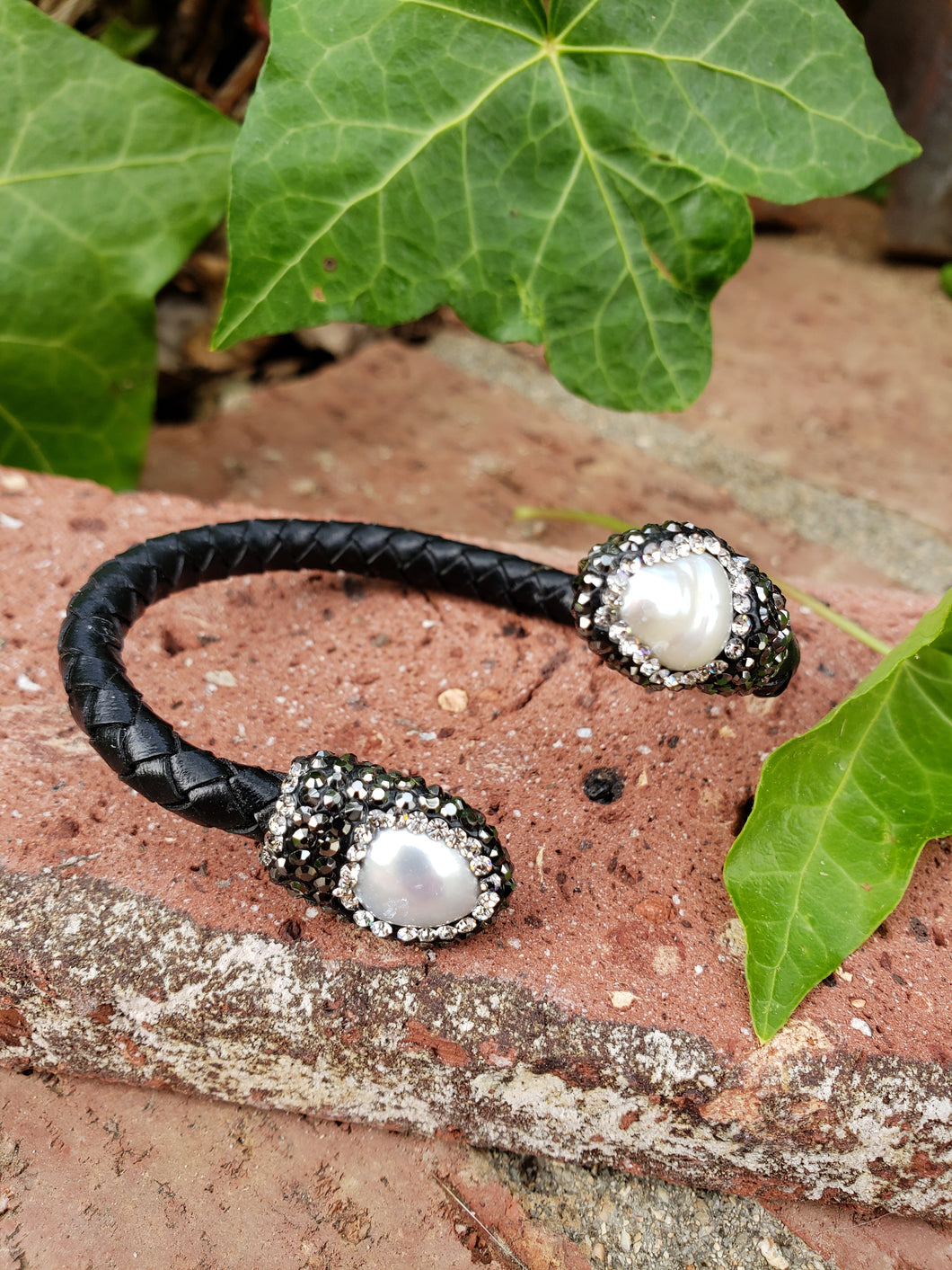 Fresh water pearl braided leather bracelet