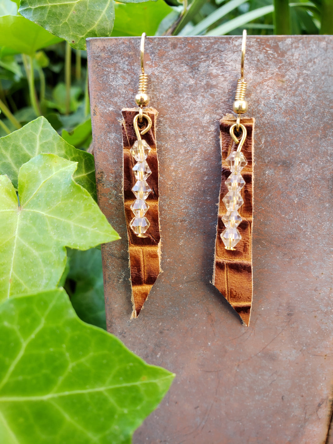 Embossed croc leather bar earrings