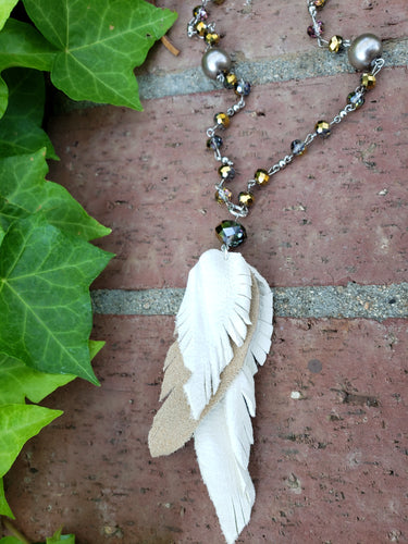 Leather feather boho necklace