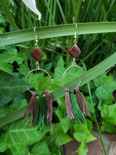Brown fiber fringe hoops
