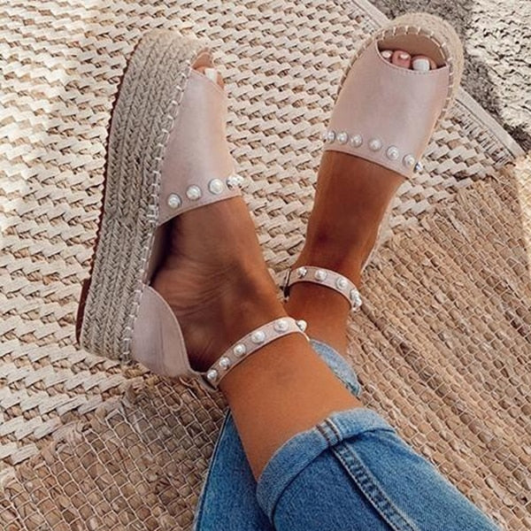 Jessica Pearl Wedge