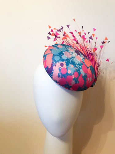 Colour Burst Button Base with Hand Cut Feather Spray