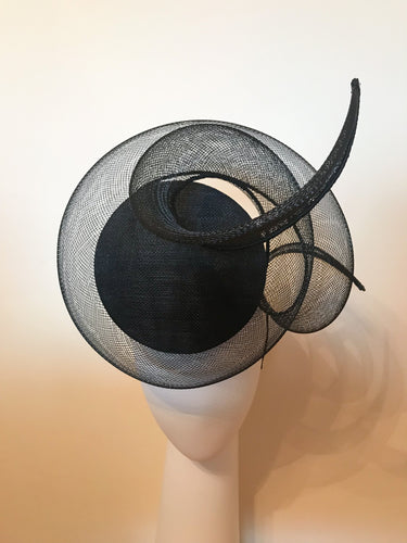 3D Percher Disc in Black with Crinoline Swirl