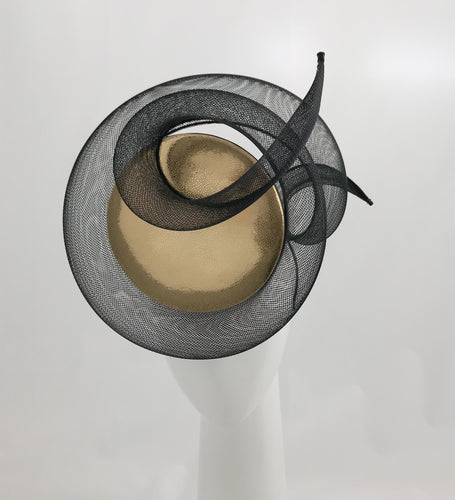 3D Percher Disc in Gold and Black Leather with Black and Crinoline Swirls