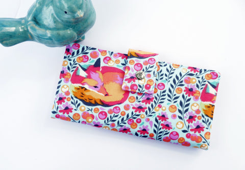 Vegan womens wallet in fox fabric