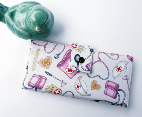Nurses wallet for women
