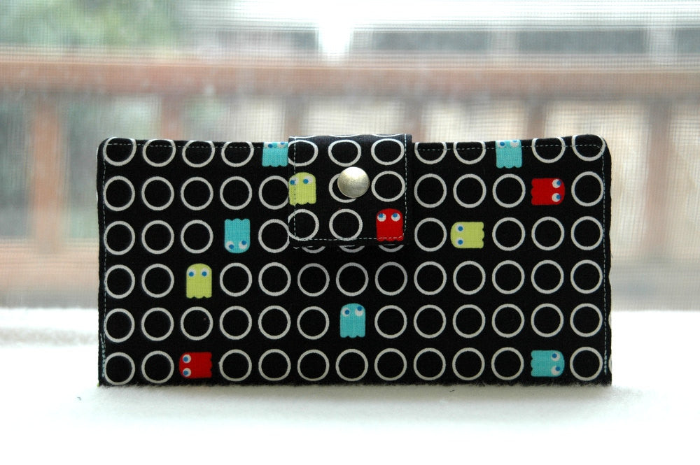 Women's pacman wallet, geeky gift