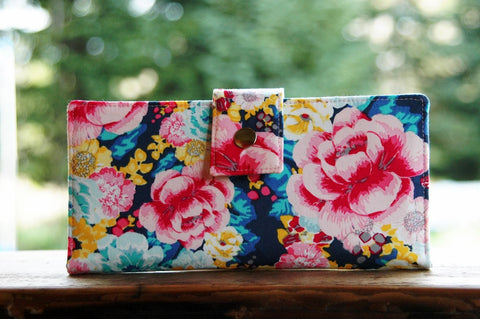 Vegan iphone wallet in vivid florals