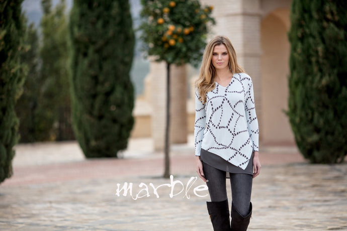 MARBLE STAR SWEATER