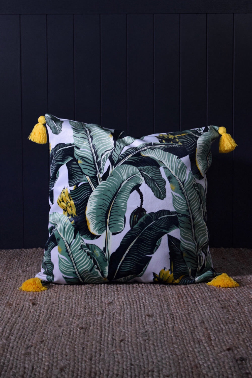 Jungle palm velvet cushion WHITE