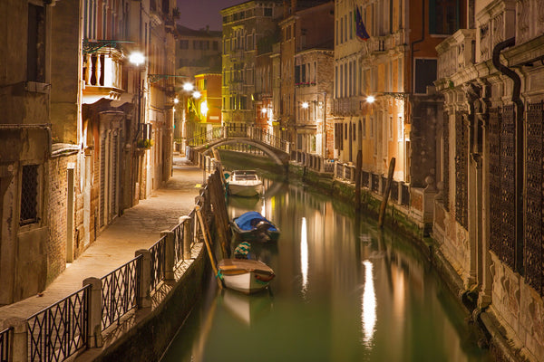 VENICE CANAL AT NIGHT2