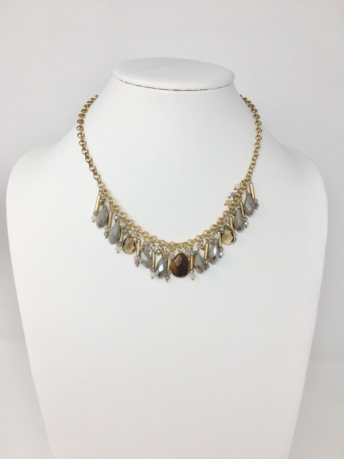 Light gray And Gold Gem Necklace Set