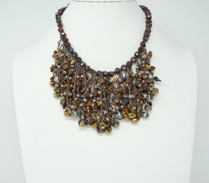 Brushed Leaves short Necklace