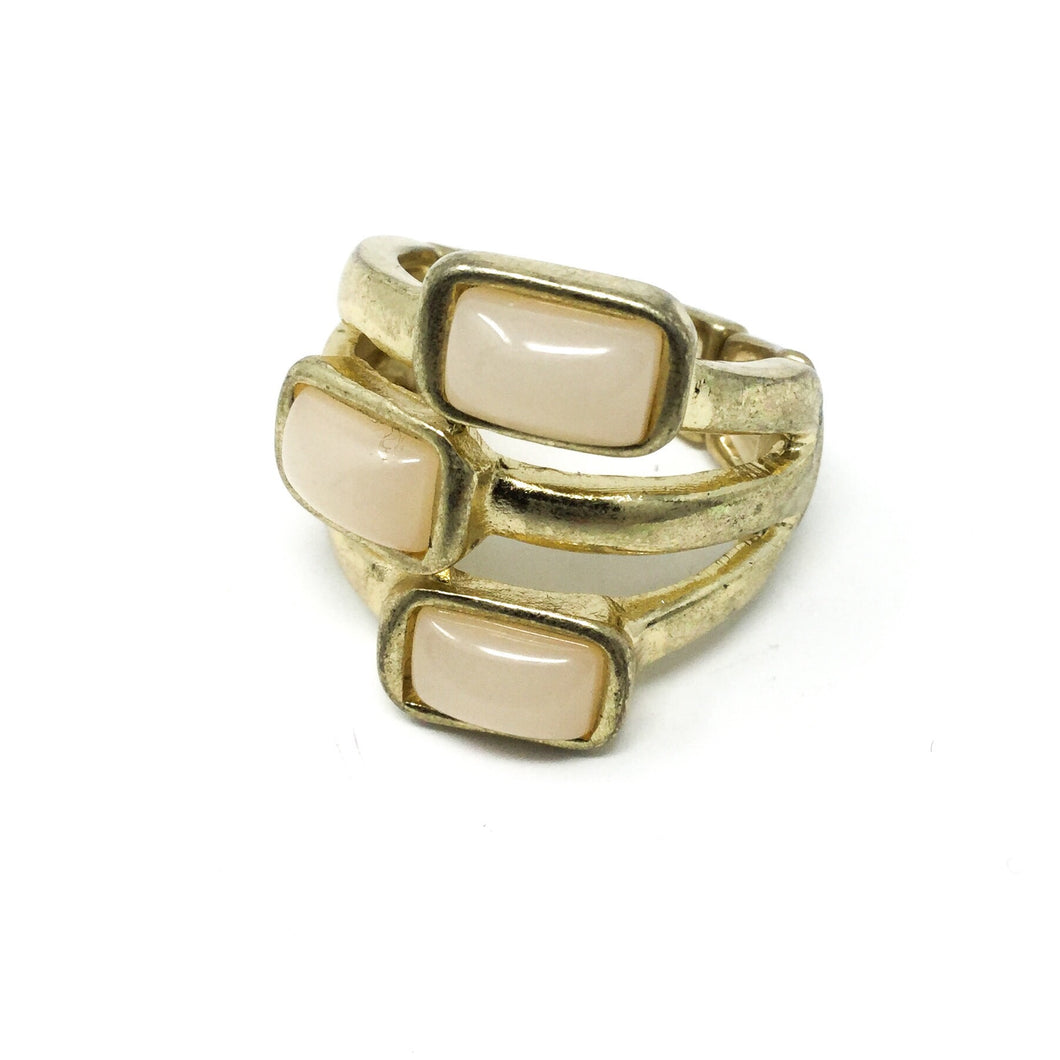 Three Stone Peachy Ring