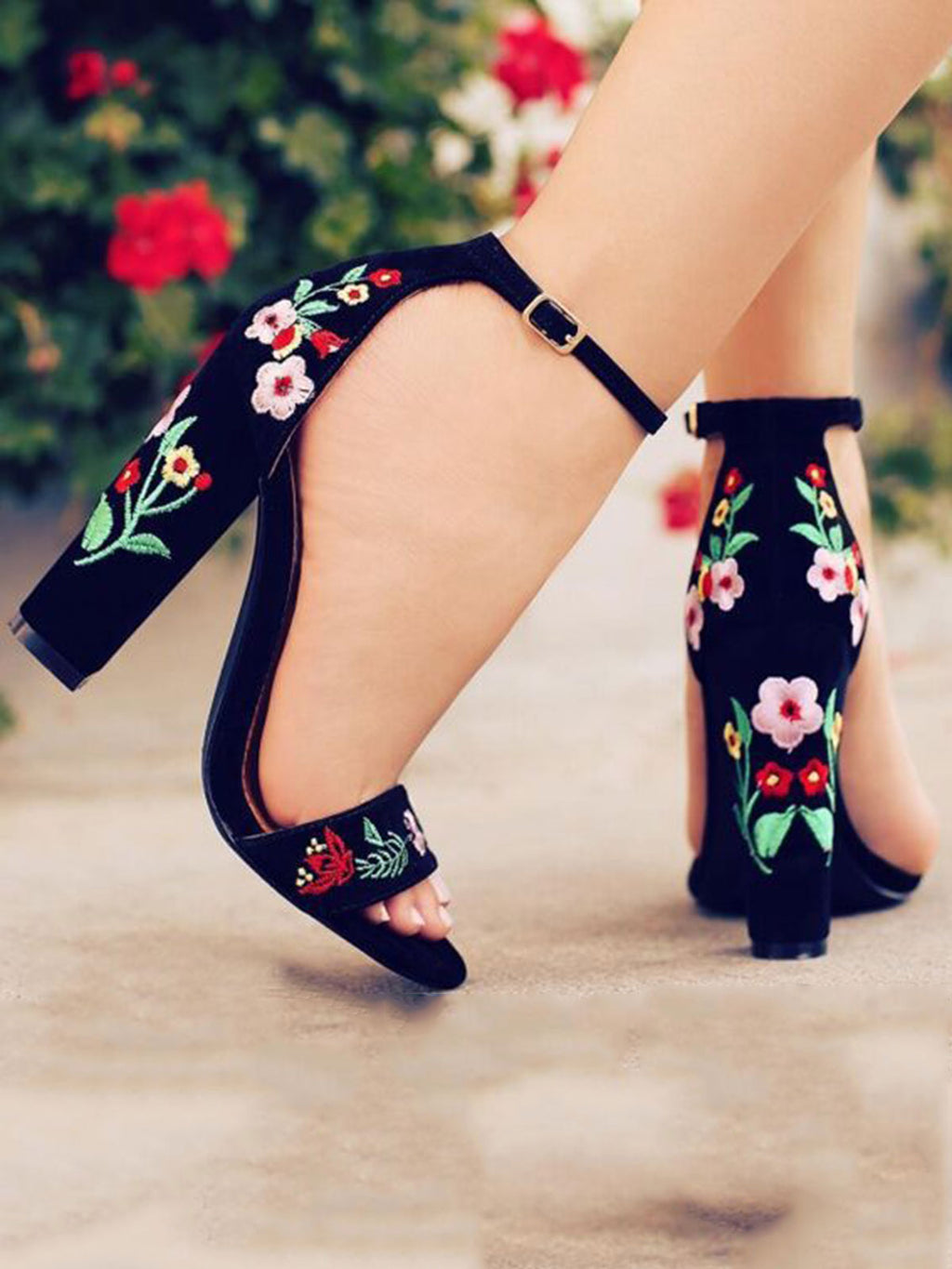 Embroidery Chunky Heel Buckle Open Toe Pumps
