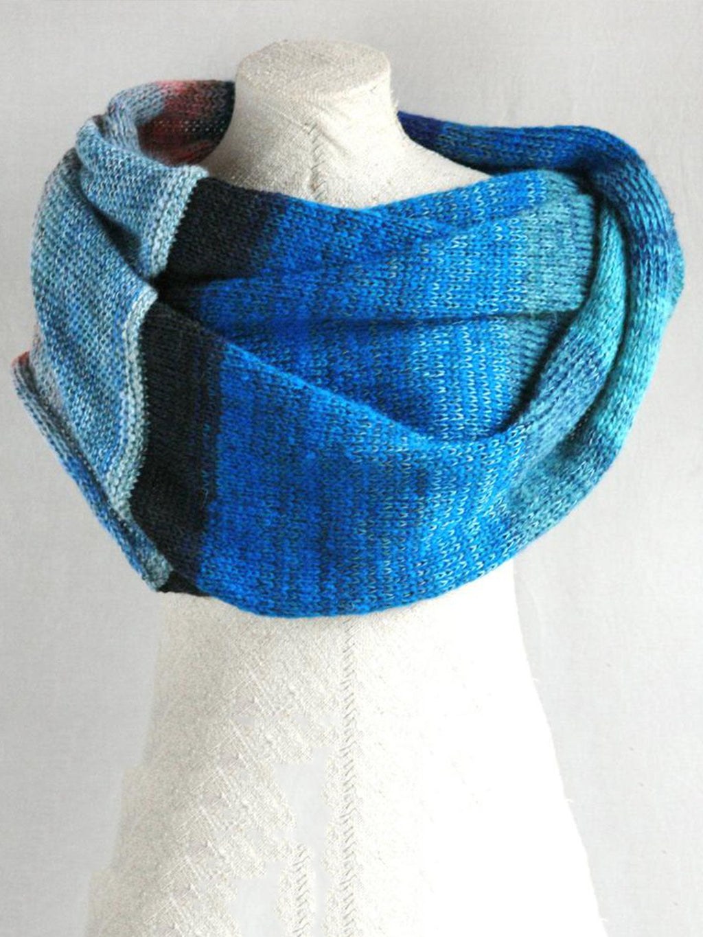 Blue Casual Solid Cotton Unisex Scarves & Shawls