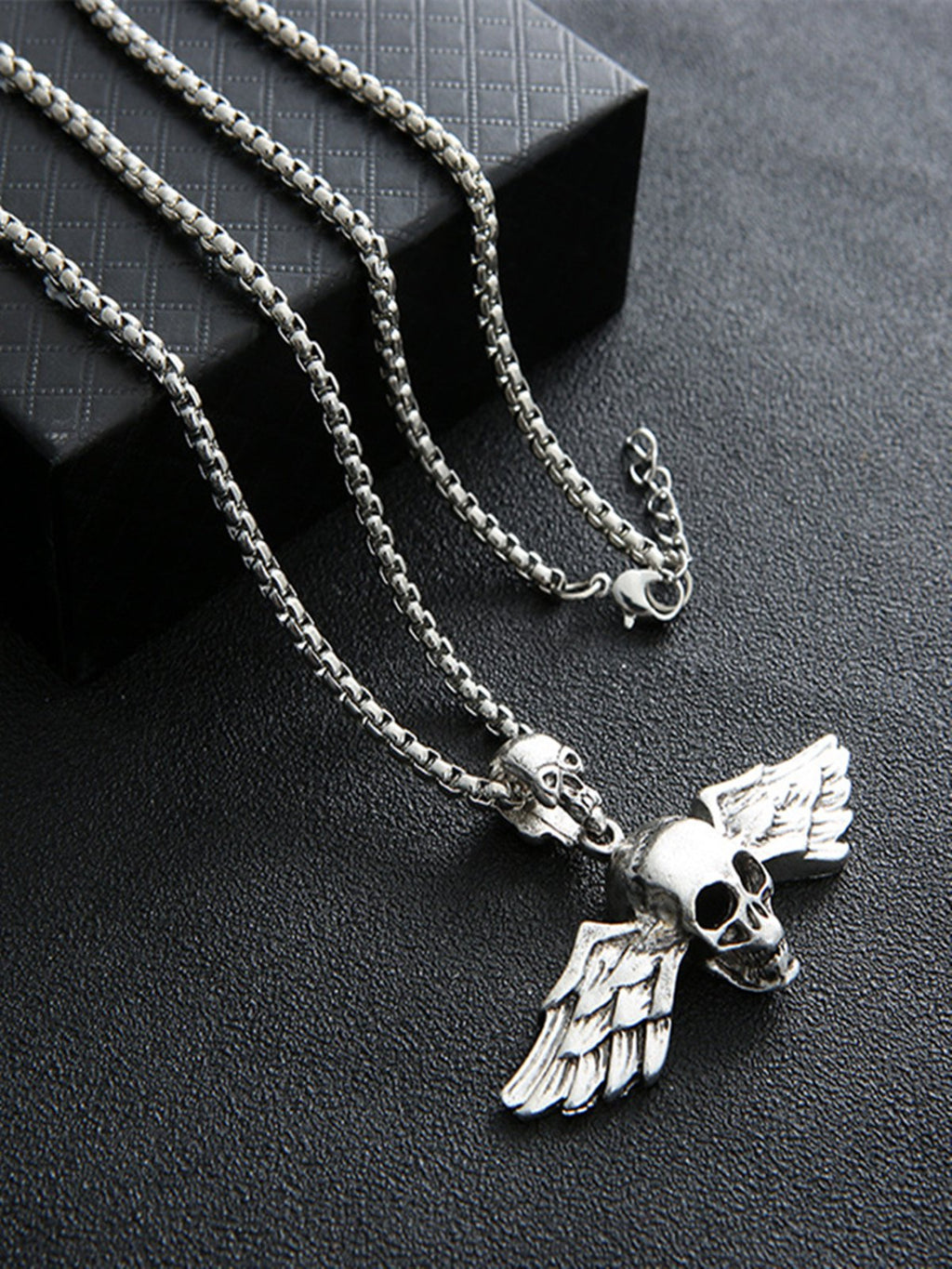Gray Alloy Necklaces Rikkishop