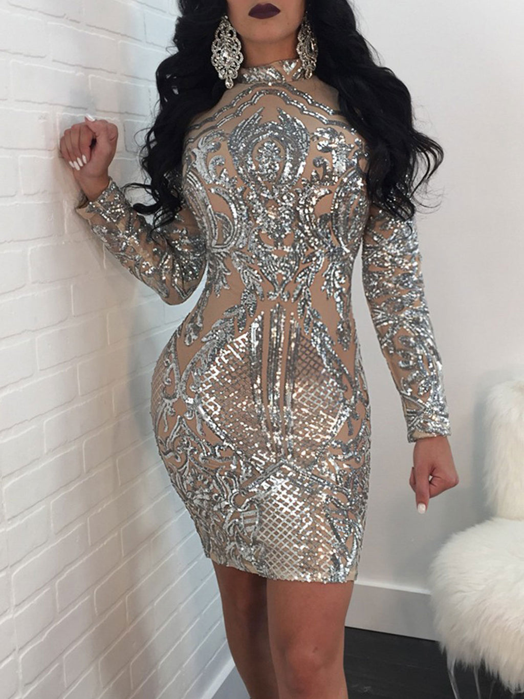 Round Neck Long Sleeve Sequins Sheath Dress
