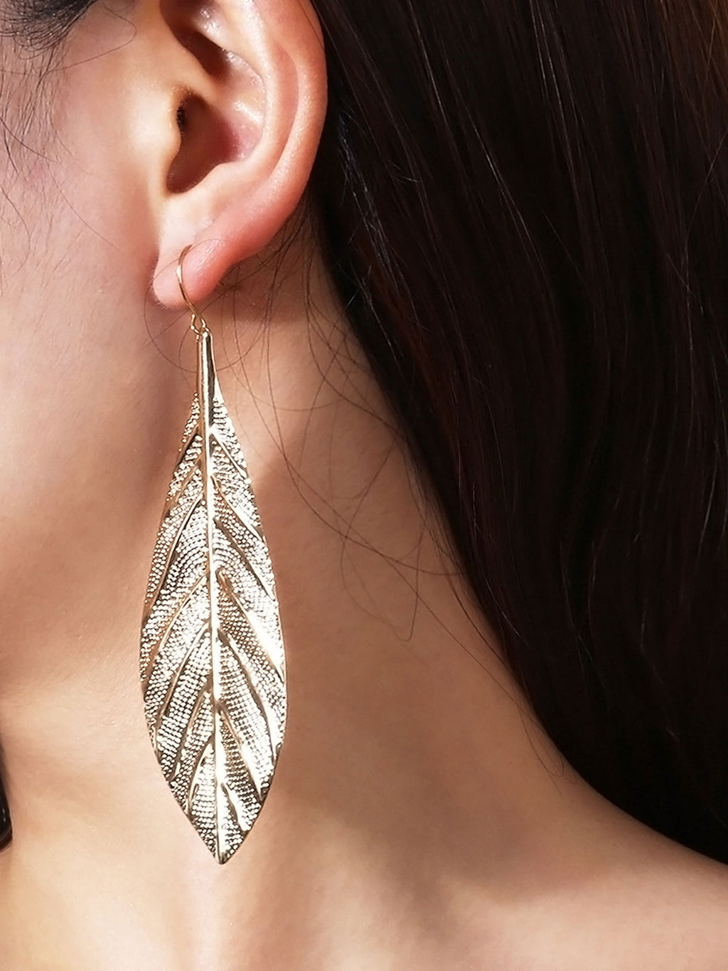 Fashion Solid Color Leaf Shape Earrings
