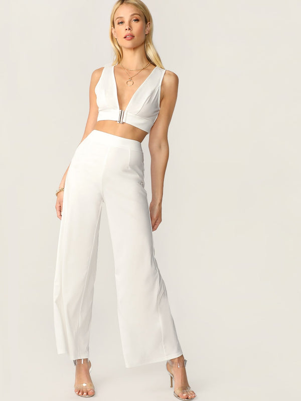 VF Plunging Neck Top and High Waist Palazzo Pants Set - Vogue Forest