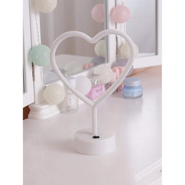 VF Neon Heart Shaped Table Lamp - Vogue Forest