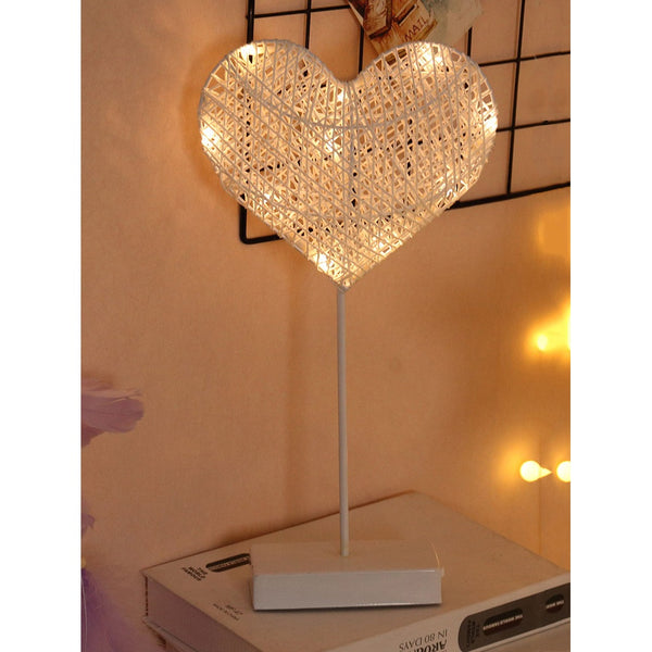 VF Glow Heart Shaped Table Lamp - Vogue Forest