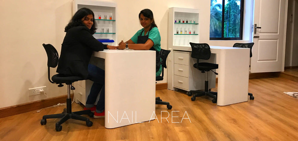 SINIMA Salon offers Bridal makeup, Hair straightening/smoothening, Keratin treatments, Dermalogica Facials, Phytomer Facials, Cryo Facials, manicure, pedicure, hair spas. The nail statios at SINIMA hair and bridal makeup studio.
